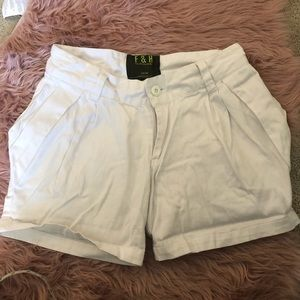 🌼2 for $12 Shorts size 28-29🌼